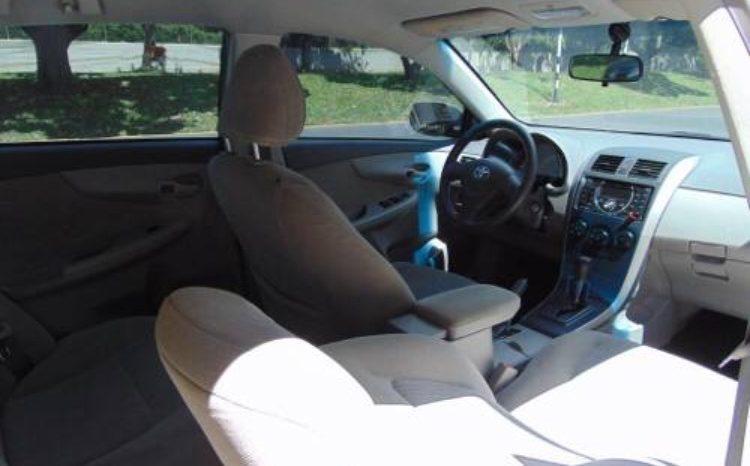 Usado Toyota Corolla 2011 completo